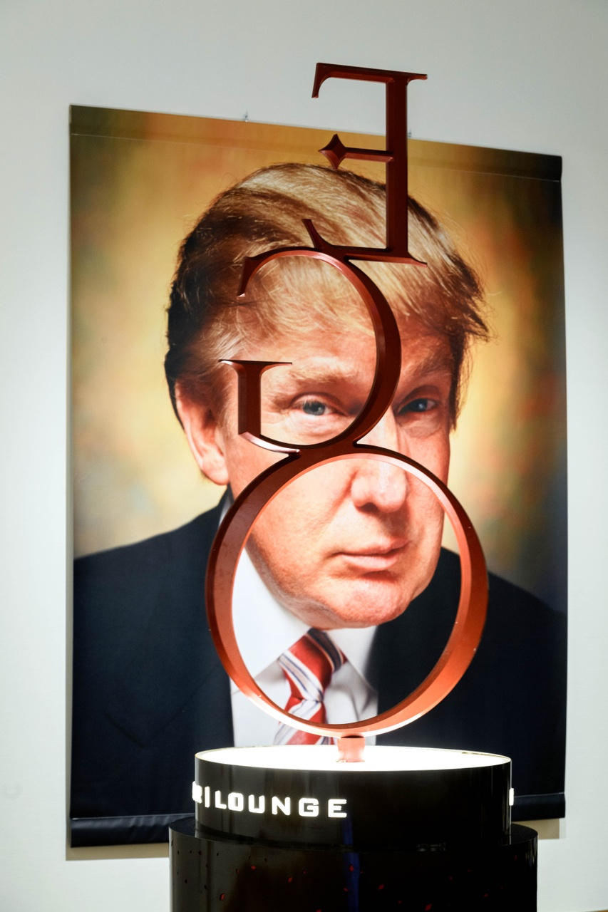 Andres Serrano, The Game: All Things Trump (detail), 2019. Photo Mike Bink for Kunsthal KAdE.jpg