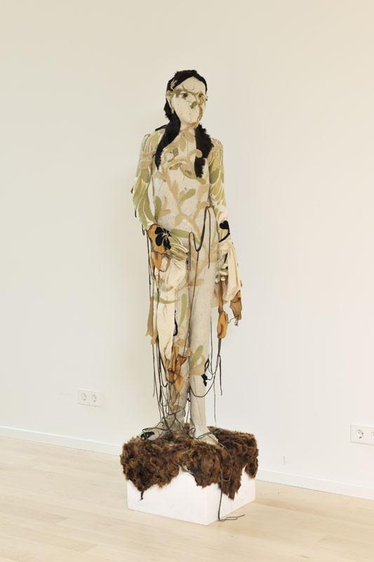 Barbara Polderman,  Staand meisje, 2007
