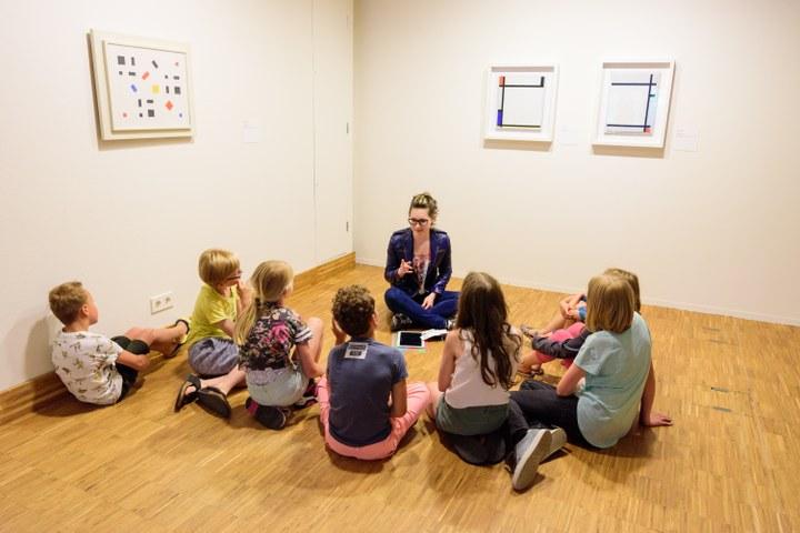 Kinderrondleiding, foto gemaakt door Cees Wouda