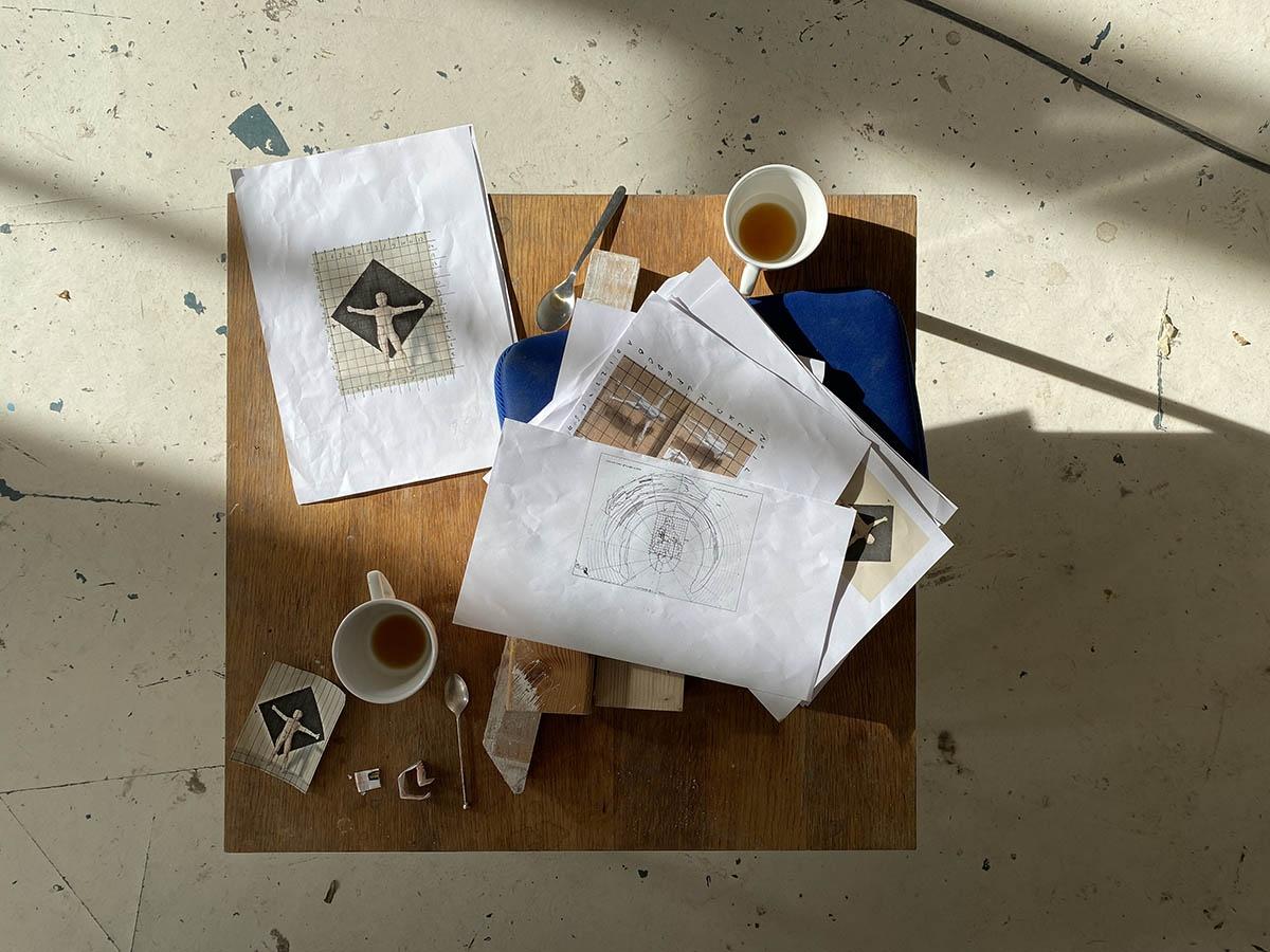 Jasper Hagenaar in zijn atelier
