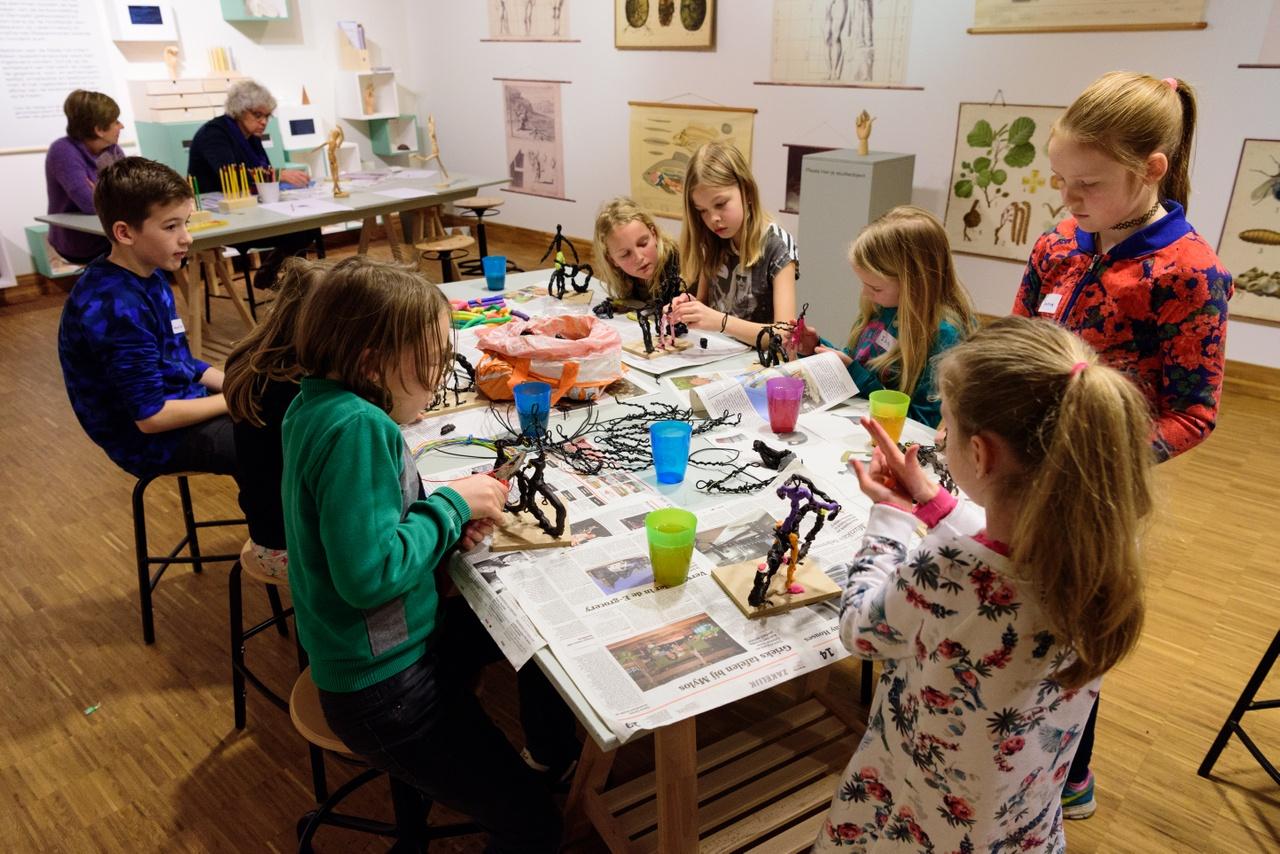 kinderworkshop draadfiguren maken hires - foto Cees Wouda (6 van 6).jpg