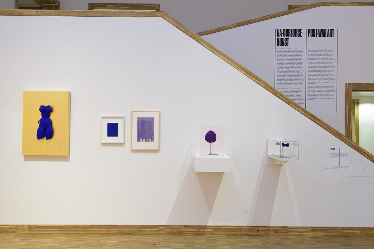 Overzicht Yves Klein in De kleuren van De Stijl