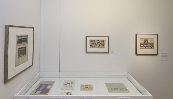 Zaaloverzicht De kleuren van De Stijl met werk van Theo van Doesburg