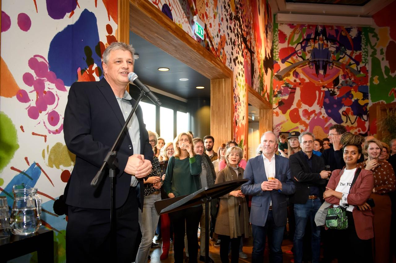 Opening Tell Me Your Story 7 februari, directeur Kunsthal KAdE Robbert Roos. Photo Mike BInk.jpg