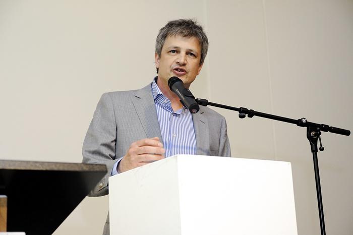 Opening Kunsthal KAdE, directeur Robbert Roos